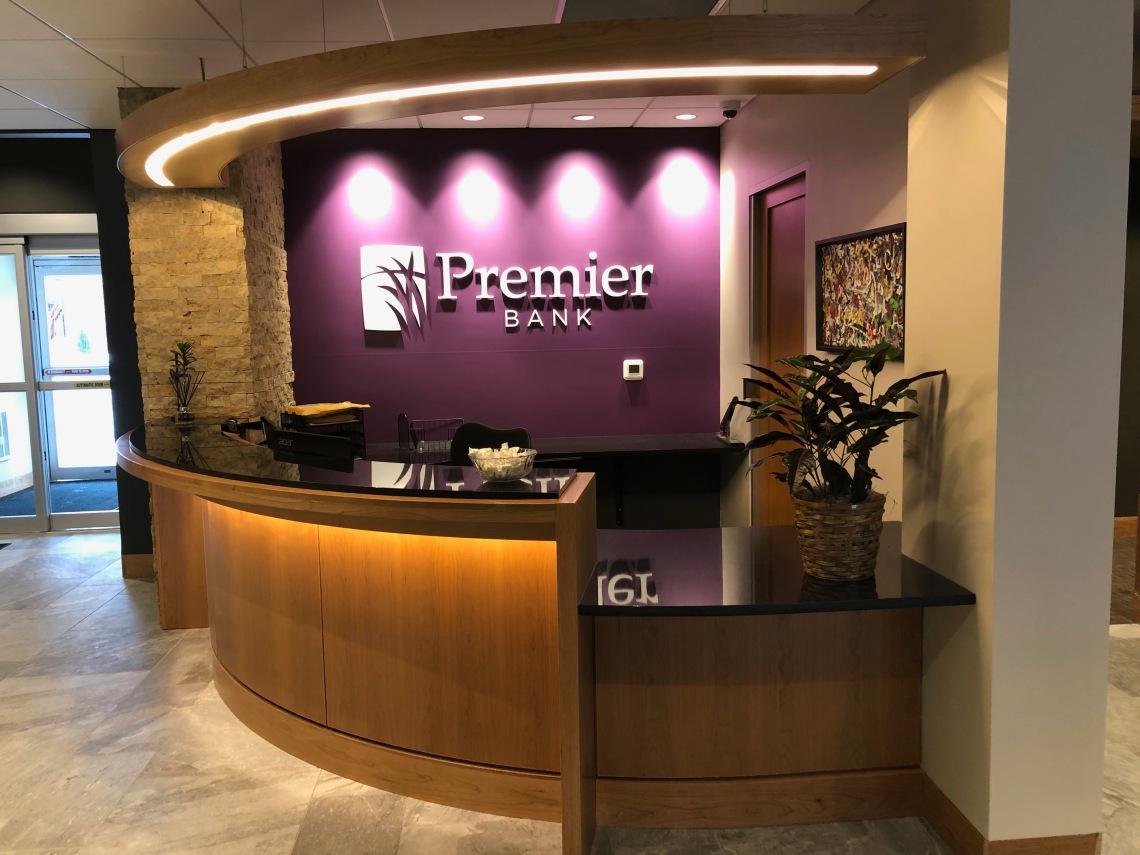 Entry of Premier Bank Iowa Street Branch in Dubuque, Iowa